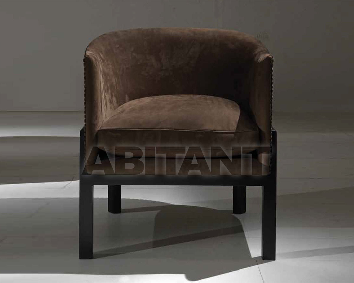 Poltrone Bergere Milano.Shair Brown Asnaghi Milano Poltrona Buy Order Online On